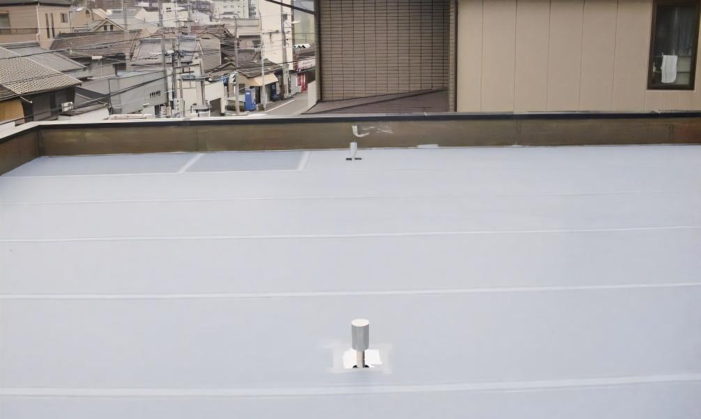 屋根塗装とは